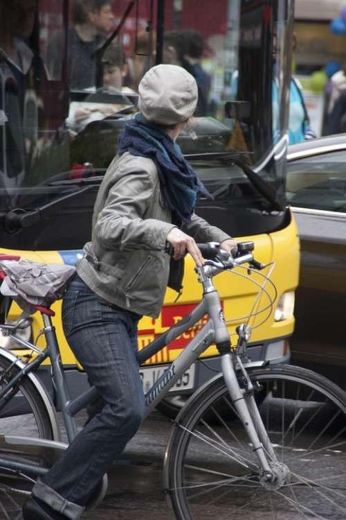 Cyclist Traffic Bus Cycle