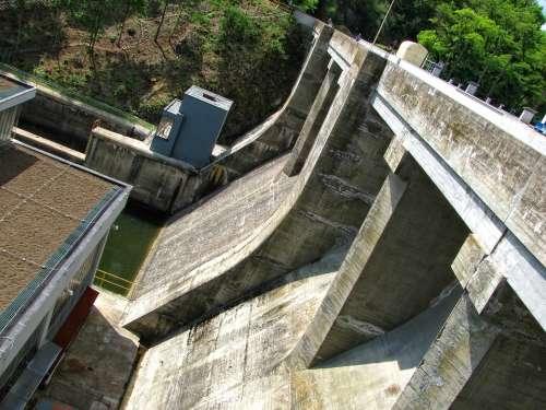 Dam Concrete Reservoir Brno Prigl Construction