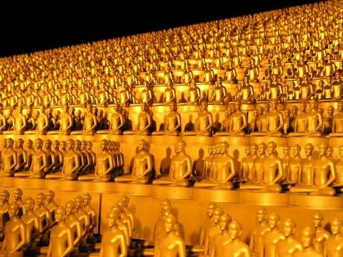 Dhammakaya Pagoda More Than Million Budhas Gold