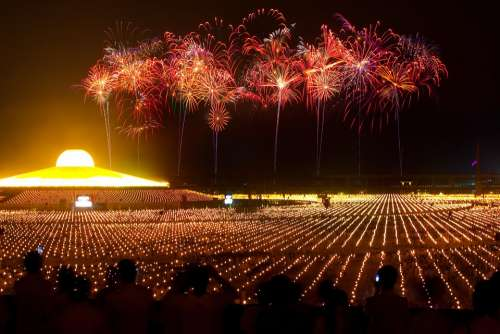Dhammakaya Pagoda More Than Million Budhas Gold