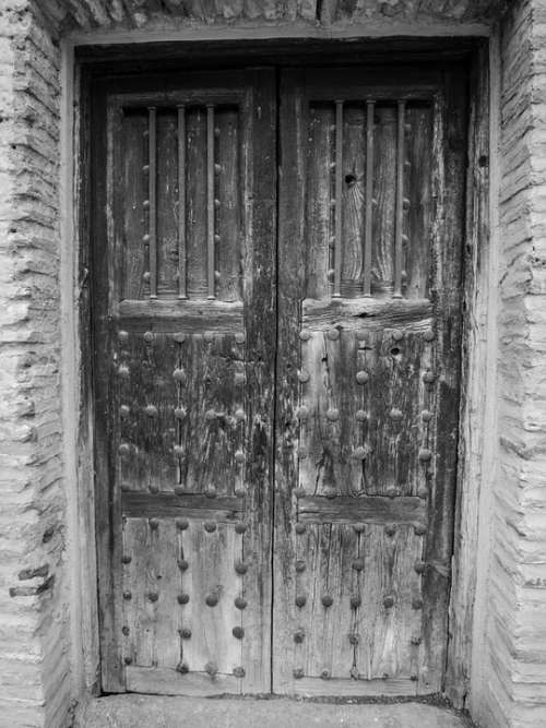 Door Wood Old Aldaba Historical Doors