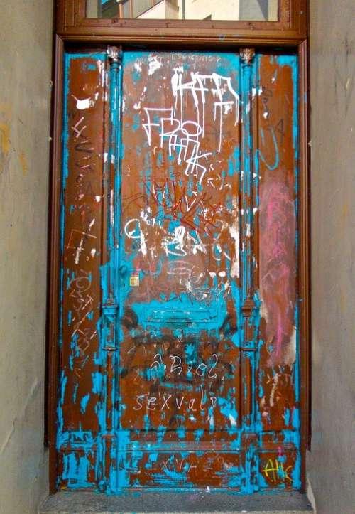 Door Graffiti Blue Metal