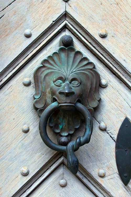 Doorknocker Bronze Metal Lion House Entrance