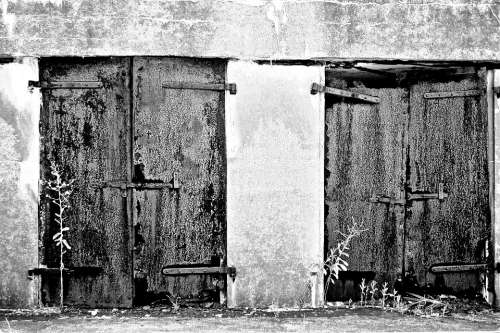 Doors Old Entry Building Texture Rust