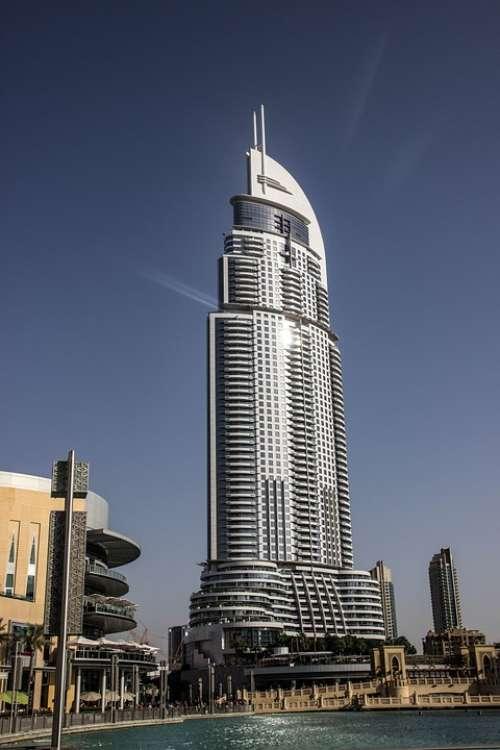 Dubai Skyscraper U A E City