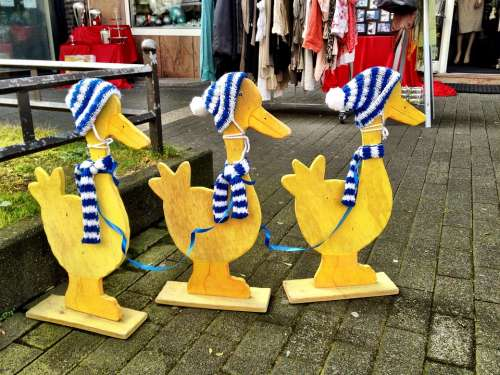 Duck Wooden Group Figure Blue White Scarf Bonnet