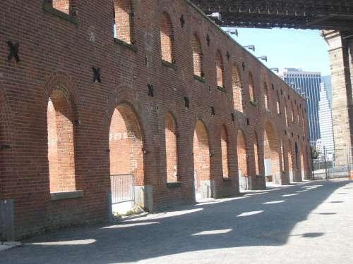 Dumbo Downtown Brooklyn Arches Bricks Empty