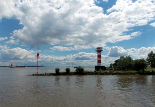 Elbe River Lighthouse Waters Water Clouds Nature