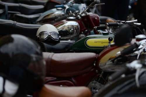 Engine Veteran Helmet Old Classic