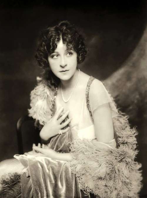 Fanny Brice Model Comedian Singer Theater Film