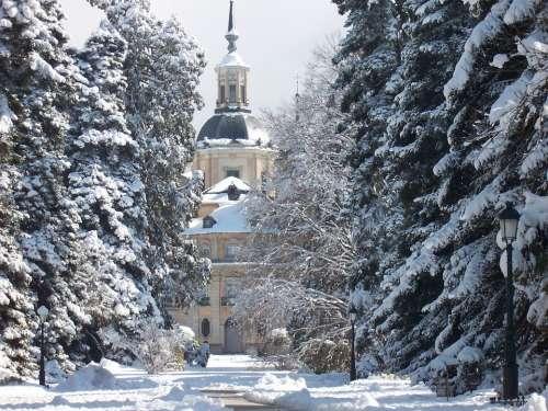 Farm Snow Landscape Palace Rides Tourism Spain