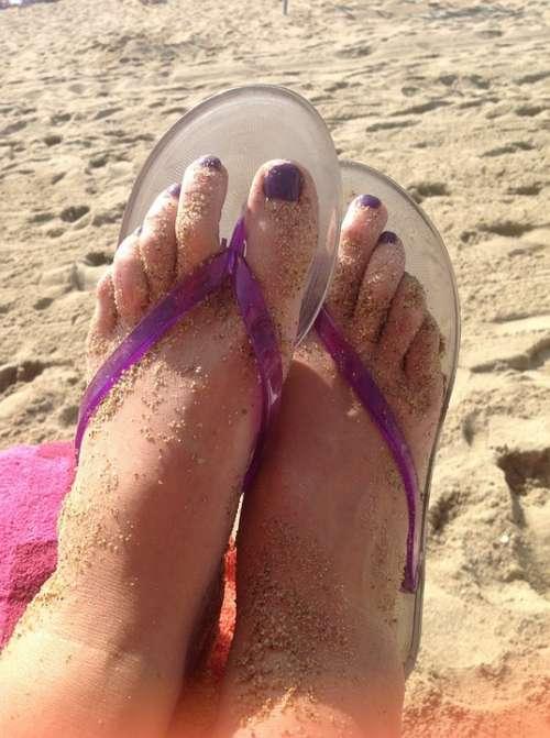 Feet Flip Flops Pedicure
