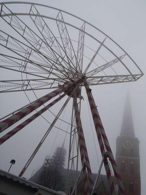 Ferris Wheel Fog Lübeck