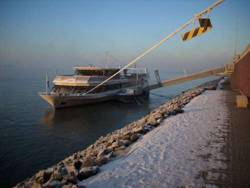 Ferry Boat Emmerich Rhine Rheinbrücke Snow Winter