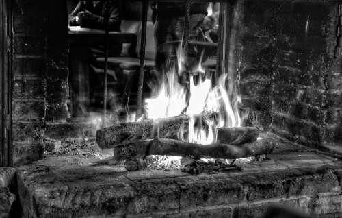 Fire Glowing Heat Flame Burn Wood Fire