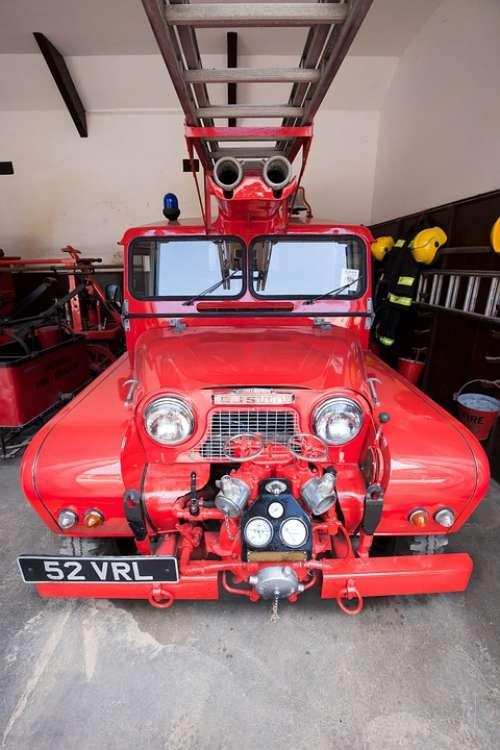 Fire Truck Fire Head Blue Light Water Pump