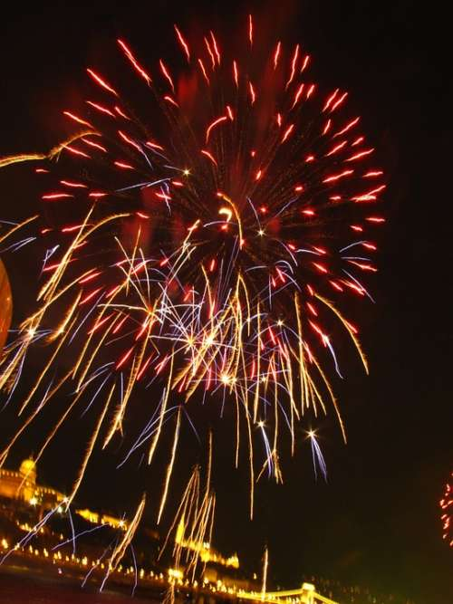 Fireworks Holiday Light Nice Buda Castle