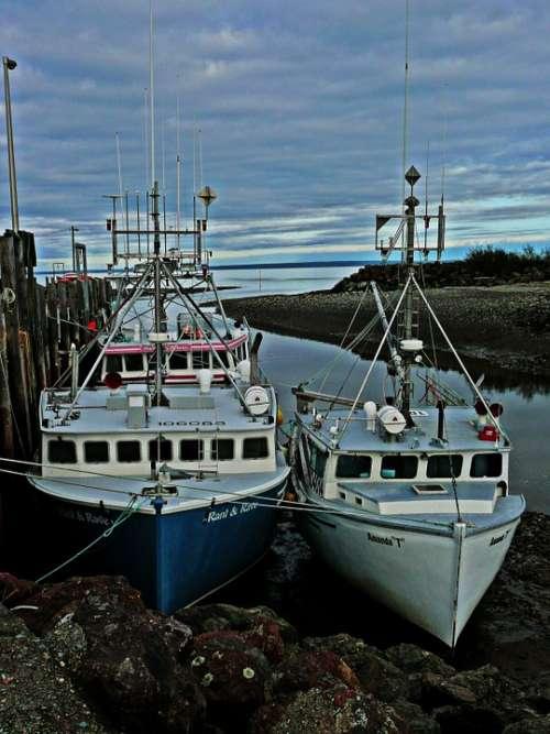 Fisher Boats Water Shoreline Lobster Dusk