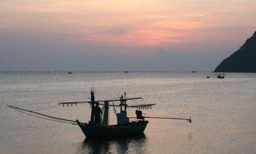 Fisherman Nets Mending Fishing Net Fishnet Fishing