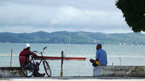 Fishermen Boat Man Mar Bike Beira Mar Coastal
