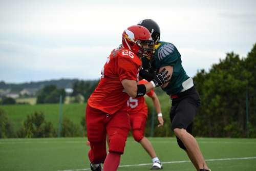 Football American Football Cooperation Courage