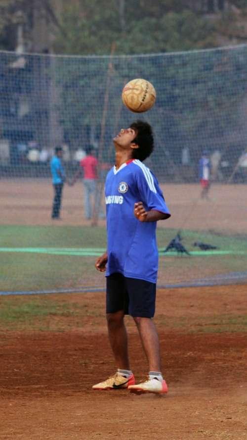 Football Ball Balance Head Man India Indian