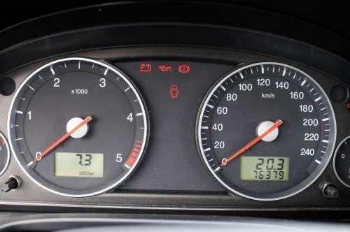 Ford Mondeo Auto The Console A Speedometer