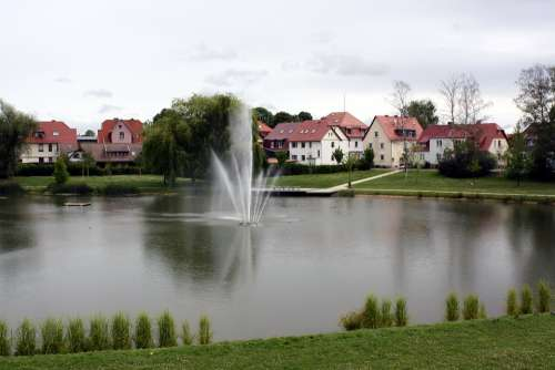 Fountain Water Pond Park Germany Houses City Park