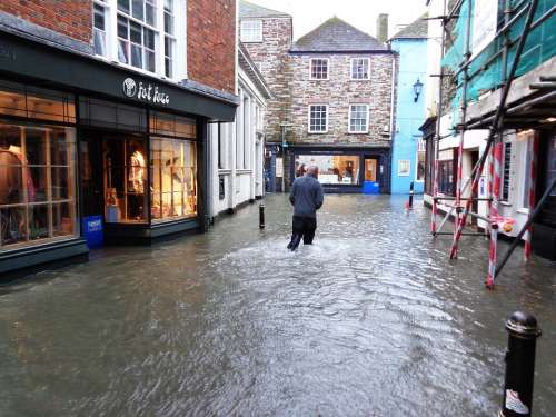 Fowey Village Cornwall Street Road Narrow Flood