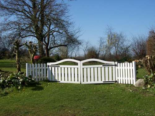 Garden Gate Fence Paling Land On The Land White