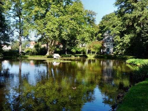 Garden Pillnitz Dresden Lake Park