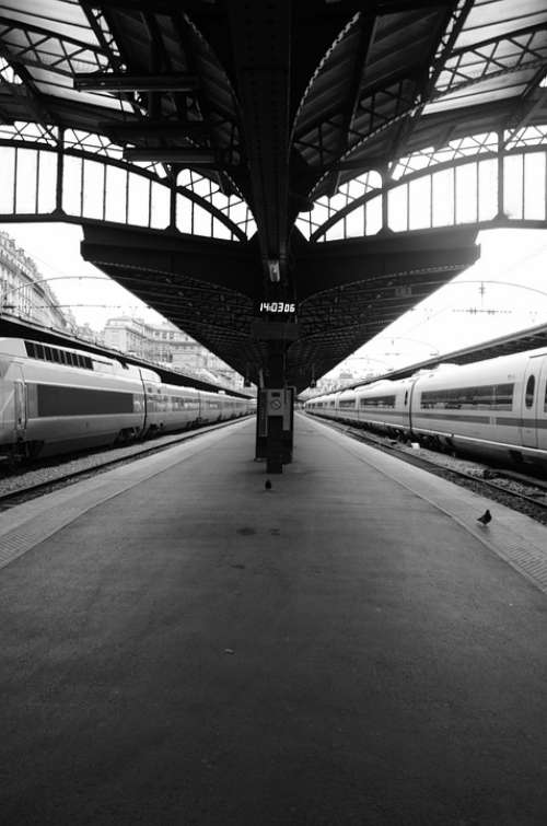 Gare De L'Est Train Station Travel Wharf Paris