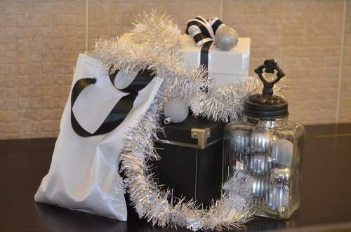 Gift Christmas Present Black White Box Ribbon