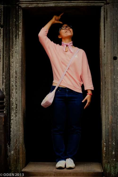 Girl Asian Temple Angkor Wat Tourist Tall Nice