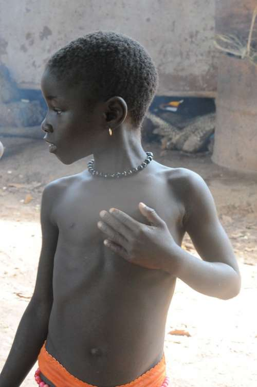 Girl African Africa Poor Misery Poverty Earring