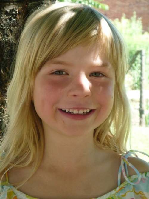 Girl Cheerful Laugh Blond Milk Teeth Tooth Summer