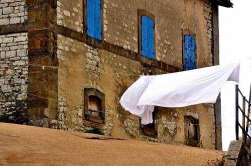 Glimpse Borgo Drying Laundry Campaign Italy