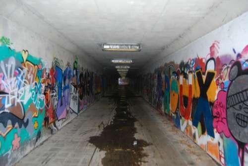 Graffiti Drawing Tunnel Mural Vandalism