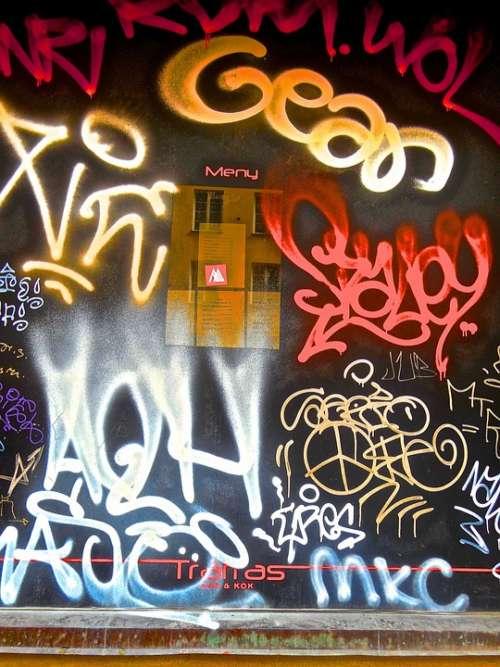 Graffiti Pop-Art Street Culture Wall Facade