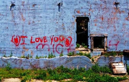 Grafitti Wall Outside