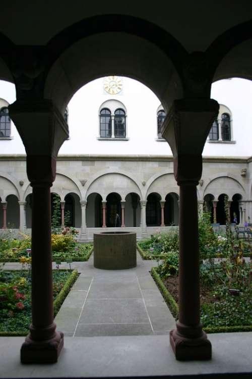 Grossmünster Church Zurich Switzerland Religion