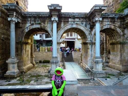 Hadrian'S Gate Antalya Building Turkey Kermit Frog