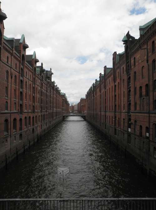 Hamburg Germany Warehouses