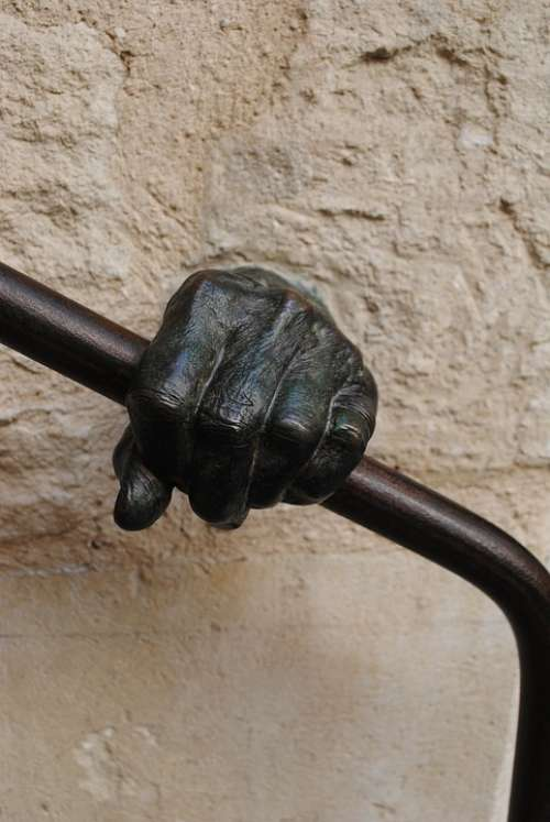 Hand Finger Treppengeländer Handrail Bronze Art