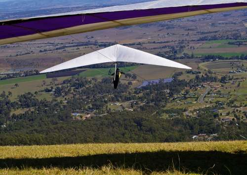 Hang-Gliders Gliders Flying Mountain Top High