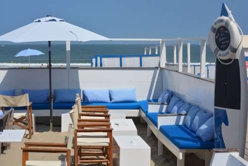Holiday Beach Bar Sea Parasol Blankenberge