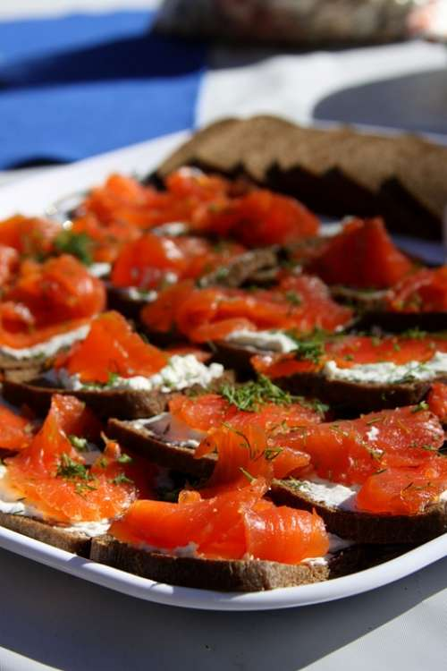 Hors D'Oeuvres Salmon Dill Toast Cream Cheese Food
