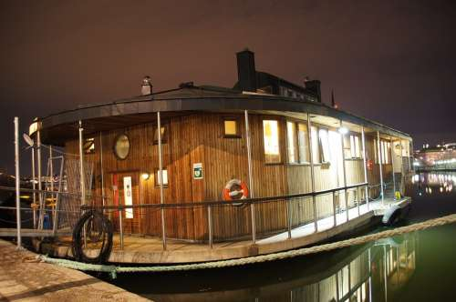 Houseboat Night Boat