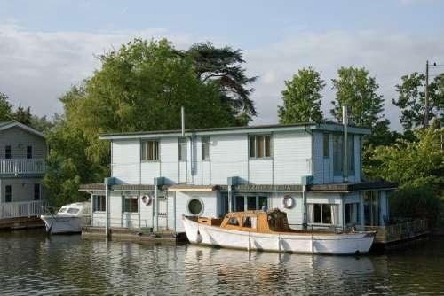 Houseboat Channel Boat