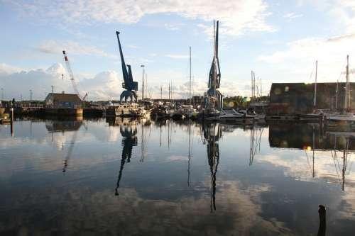 Ipswich Marina Cranes Boat Water Suffolk Sky